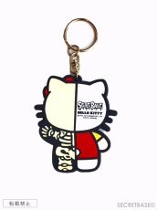 画像2: HELLO KITTY X-RAY RUBBER KEY HOLDER RED (2)