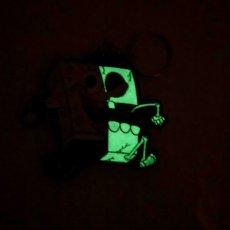 画像3: X-RAY SPONGE BOB RUBBER KEY HOLDER (G.I.D) (3)