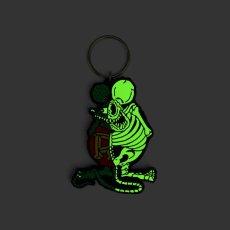 画像3: X-RAY RAT FINK RUBBER KEY HOLDER Glow in the Dark Ver. (3)